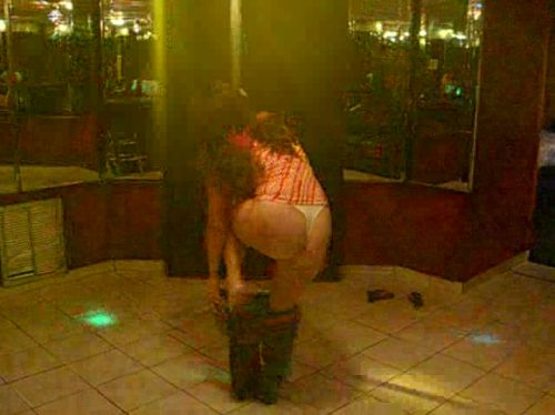 Short Pole Dance