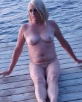 Di Naked On The Dock